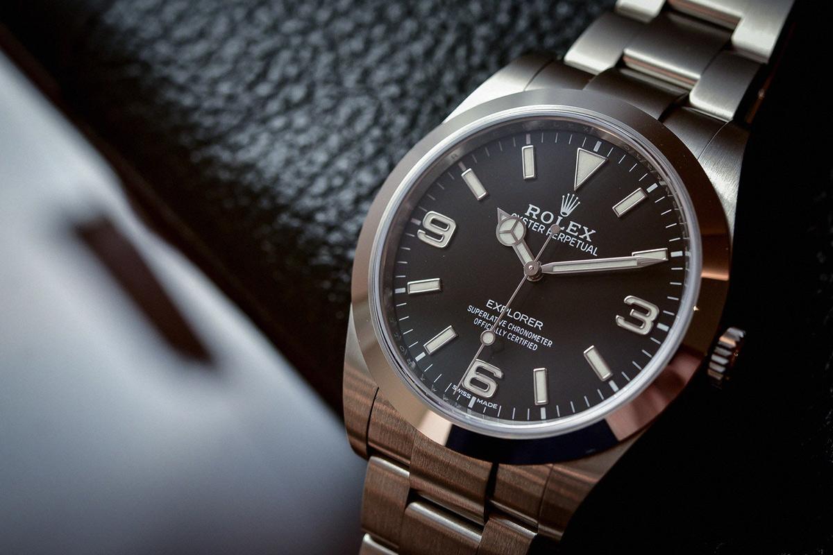 Buy A Luxury Men's Watch