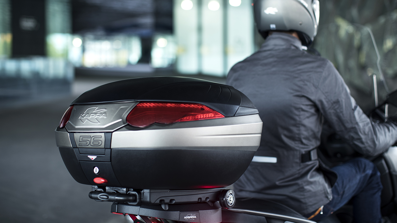 motorcycle top box specifications malaysia