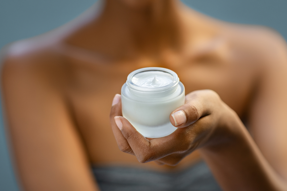 Face moisturiser for dehydrated skin in singapore